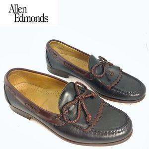 Allen Edmonds Kiltie Tassel loafers Brown on Black
